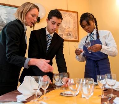 Cap restaurant apprentis d 39 auteuil lisieux 17 for Formation restauration scolaire